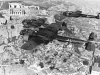 Немецкие самолёты над Афинами  Греция. 1941 г.  Фотограф неизвестен  РГАКФД. Оп. 3, № 165, сн. 27
