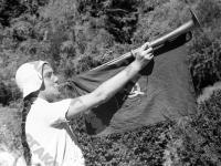 Горнистка Буся Пряхина в пионерском лагере «Артек»