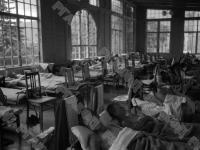 Дети во время послеобеденного сна в пионерском лагере «Артек».
