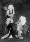 Артисты театра Кабуки на сцене. Япония, г. Токио, 1930 г. Автор не установлен. РГАКФД.