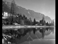 Вид курортного г. Монтре на берегу Женевского озера. Швейцария. 1975 г. Фотограф В.Б. Соболев.